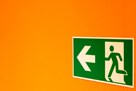 Easy to understand directional signs in Tampa, FL