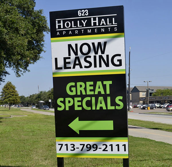 Commercial Real Estate Signs in Tampa, FL